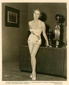 Armi Kuusela, born 1934 (Armi Hilario, Armi Williams) Beauty queen, The Finnish Maiden Miss Universe Crazy People, Strange People, Historical Women, Hilario, History Of Photography, Interesting History, My Heritage, Beauty Queens, Finland