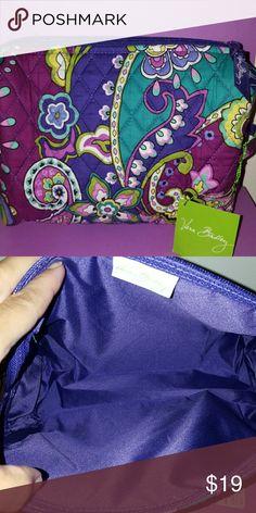 "LARGE COSMETIC BAG.  (Vera Bradley) In ""HEATHER"" pattern.   New w tags Vera Bradley Bags Cosmetic Bags & Cases"
