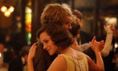 Midnight in Paris: Hermosa Marion Cotillard, hermosa la idea de la nostalgia de lo no vivido, de lo extemporáneo