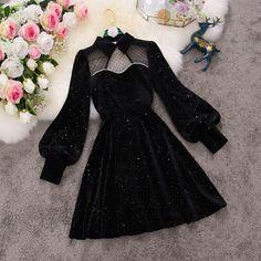 Girls Fashion Clothes, Teen Fashion Outfits, Look Fashion, Girl Fashion, Fashion Dresses, Fashion Design, Pretty Outfits, Pretty Dresses, Cute Outfits