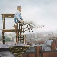 Daredevil Jammie Reynolds in 1917 | These 17 Historic Photos With Colour Added Are Incredible