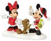 Dept 56 Disney Village A Treat For Minnies Dog Figurine