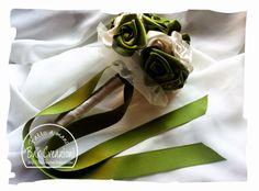 Bouquet di rose in raso - avorio e oliva
