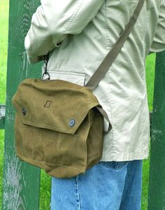Army Surplus Messenger Bag - Heavy-Duty & Lots of Pockets [ Good buy #bushcraft #dayhike #EDC bag, Finnish Gas Mask Bag ]