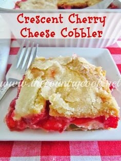 Crescent cherry cheesecake cobbler Crescent Cherry Cheesecake Cobbler is layers of crescent rolls, cheesecake and cherry pie filling. Any flavor of pie filling works great. Köstliche Desserts, Delicious Desserts, Dessert Recipes, Yummy Food, Cherry Pie Filling Desserts, Strawberry Filling, Plated Desserts, Fruit Pie, Cherry Desserts