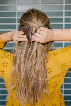 How to french braid your own hair-- a tutorial and easy step-by-step DIY
