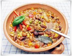 Csilis bab bográcsban. Paella, Bab, Food And Drink, Vegetables, Ethnic Recipes, Veggies, Vegetable Recipes