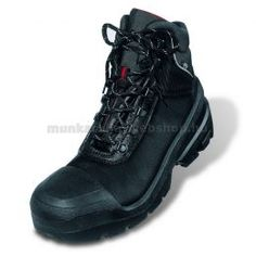 Dungarees, Shoe Boots, Shoes, Partner, Black Boots, All Black Sneakers, Work Wear, Hiking Boots, Trainers