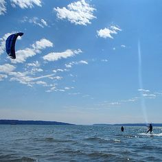 If you find yourself in Washington state, and want to have unforgettable time, head out to Jetty Island in Everett, Wa to give kiteboarding a try ! -   #kiteboarding   #kitesurfing   #Seattle   #Washingtonstate   #HyperActiveX