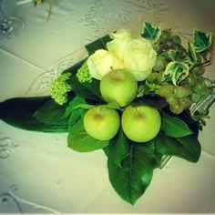 Composizione matrimonio con frutta