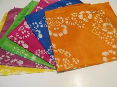 12 HIBISCUS PRINT Polyester BANDANNAS BANDANA party supplies FREE S/H scarf wrap