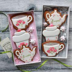"""174 отметок «Нравится», 4 комментариев — Тесная Кухня (@tesnaya_kuhnya) в Instagram: « Набор """"К чаю"""" из 3х пряничков, очень милый, в прошлом году полюбился многим. Стоимость 600 р.…»"""