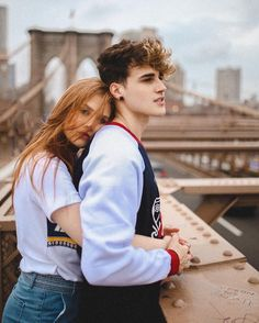 Cute Love Photos, Love Couple Images, Cute Couples Photos, Cute Couple Pictures, Cute Couples Goals, Cute Couple Poses, Couple Photoshoot Poses, Cute Love Couple, Lovely Girl Image