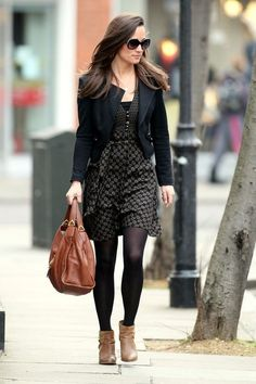 More Pics of Pippa Middleton Print Dress