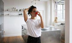 Sarah, Paris 11ème - Inside Closet