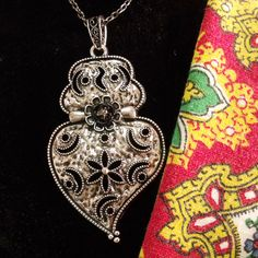 Portuguese folk Heart of Viana style Silver tone pendant jewelry necklace. $39.00...#portuguesefolkjewelry#portuguesevianaheart#madeinPortugal#portugalfolkart#portuguesefolkpendant#silverchubbyheartnecklace