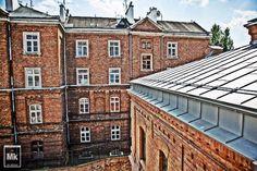 Historyczne budynki pamiętają jeszcze XIX w.  #architecture #koneser #history #factory