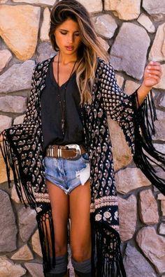 Tenue chic femme idée originale vêtement stylé belle allure
