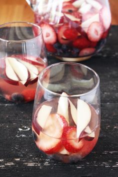 How to Red White Blue Sangria