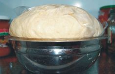 the dough-is-not-aging, shelf life-days-a-cooling possible from it, pizza rolls, or any of a mas- Tart Recipes, Bread Recipes, Cooking Recipes, Dessert Drinks, Dessert Recipes, Desserts, Bread Dough Recipe, Romanian Food, Russian Recipes