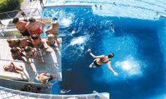 Das Freibad Fürstenfeld ist mit 23.000 m2 Wasserfläche das größte Beckenbad Österreichs. Es bietet eine Vielfalt an Badespaß und Erholung.   Nur 15 Autominuten vom Thermenhotel PuchasPLUS**** entfernt. Hotels, Waves, Outdoor, Recovery, Road Trip Destinations, Adventure, Outdoors, Ocean Waves, Outdoor Games