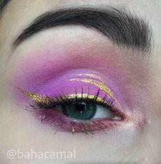 Pink makeup golden eyeliner