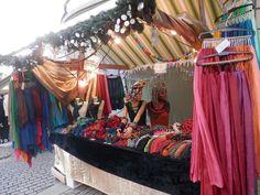 Seidenmalereistand am Weihnachtsmarkt Wil 2015 Yolaine Frühauf Silk Painting, Textile Art, Craft Items