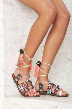 Sam Edelman Gretchen Embroidered Gladiator Sandal - Shoes  55540268716c