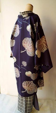 Kimono Japan, Yukata Kimono, Kimono Fabric, Kimono Dress, Kimono Top, Traditional Japanese Kimono, Traditional Dresses, Japanese Geisha, Retro Outfits