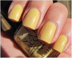 opi banana bandanna swatch Banana Bandana is a nice muted yellow in a creme finish. A perfect yellow that anyone can wear. Requires two coats.