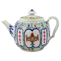 English Pearlware Teapot | From a unique collection of antique and modern pottery at https://www.1stdibs.com/furniture/dining-entertaining/pottery/