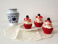 Red velvet cupcakes con Amarena Fabbri | Food Loft - Il sito web ufficiale di Simone Rugiati