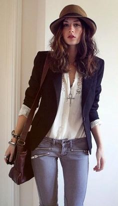 Blazer, white shirt, skinny jeans & fedora. Smart casual for cooler weather.