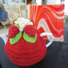 The beautiful Strawberry Teapot Cosy