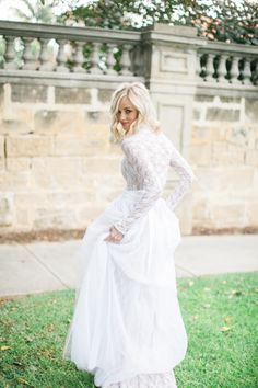Linen, Lace, & Love: Top 4 Wedding Dress Trends