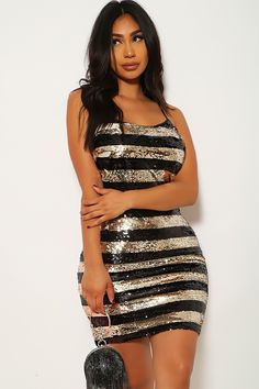 Black Gold Sequin Sleeveless Party Dress Dresses For Teens, Outfits For Teens, Summer Dresses, Sweater Outfits, Dress Outfits, Casual Outfits, Red Carpet Dresses, Ball Dresses, Stylish Dresses