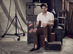 """His life is already incredible by Hollywood standards but when he becomes Paige's co-star in the new blockbuster movie: """"Locked"""" his life will become an adventure. Carter Jenkins is Rainer Devon. 