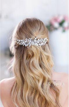 EIRENE Silver leaf wedding hair comb bridal leaf headpiece by TopGracia #topgraciawedding #bridalhaircombs #weddinghairpiece