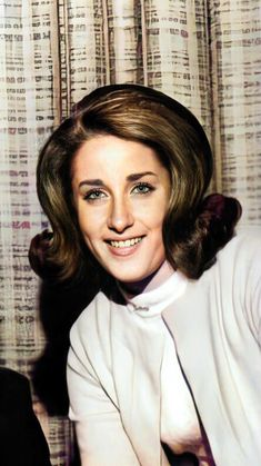 Lesley Gore, Solo Music, 60s Hair, Light Of My Life, Woman Crush, Rainbows, Sim, Wednesday, Legends