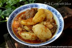 Pork Curry with Iskus (Chayote Squash)