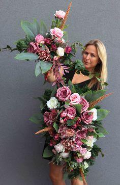 Large Floral Arrangements, My Flower, Flowers, Funeral, Floral Design, Floral Wreath, Bloom, Design Inspiration, Wreaths