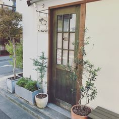 イノシシのキャラクターがかわいいパン屋さん!   リノベーションノート(インテリア、家具、雑貨、建築、不動産、DIY、リノベーション、リフォーム)