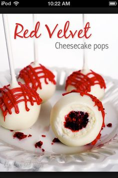 Red velvet cheese cake pops