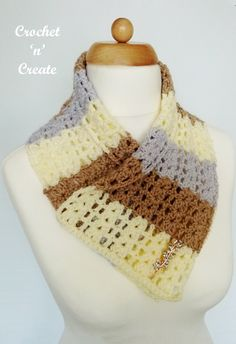 FREE crochet pattern for open cluster cowl, a quick and simple project to carry around with you, find the pattern on crochetncreate Crochet Cowls, Crochet Scarves, Free Crochet, Crochet Patterns, Double Crochet, Single Crochet, Autumn Crochet, Crochet Neck Warmer, Ladies Wear