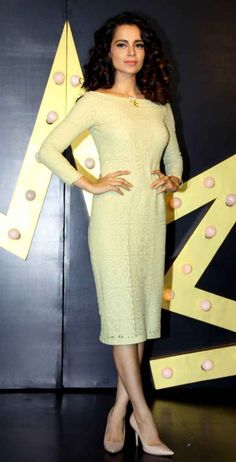"""When the fashion police said wearing all yellow will make you look like a banana and Kangana said, """"Na na na. Modest Fashion, Trendy Fashion, Fashion Dresses, Fashion Tips, Formal Fashion, Indian Dresses, Indian Outfits, Queer Fashion, Bollywood Fashion"""