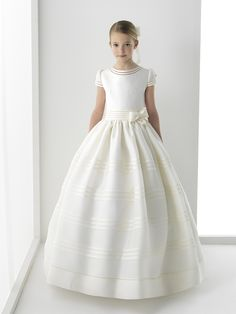 Simple Ball Gown Sleeveless Bow(s) Floor-length Satin Communion Dresses