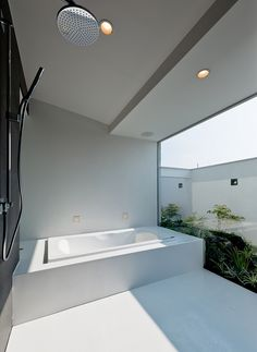 建築家:株式会社ウィズ・ワン「自然素材の家 瀬田モデル」 House Bathroom, Architecture Bathroom, House Design, Ideal Bathrooms, House Architecture Design, Dream Bathrooms, Indoor Outdoor Bathroom, Bathroom Design Trends, Minimalist Home