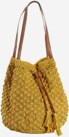 Letters and Arts Lala: crochet bag