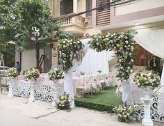 Wedding Gate, Decor Wedding, Wedding Dreams, Diy Wedding, Wedding Photos, Dream Wedding, Wedding Decorations, Table Decorations, Wedding Ceiling