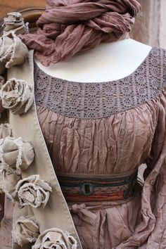 via danille thevintagechronicles, Details: ruffled, ribbons, layers